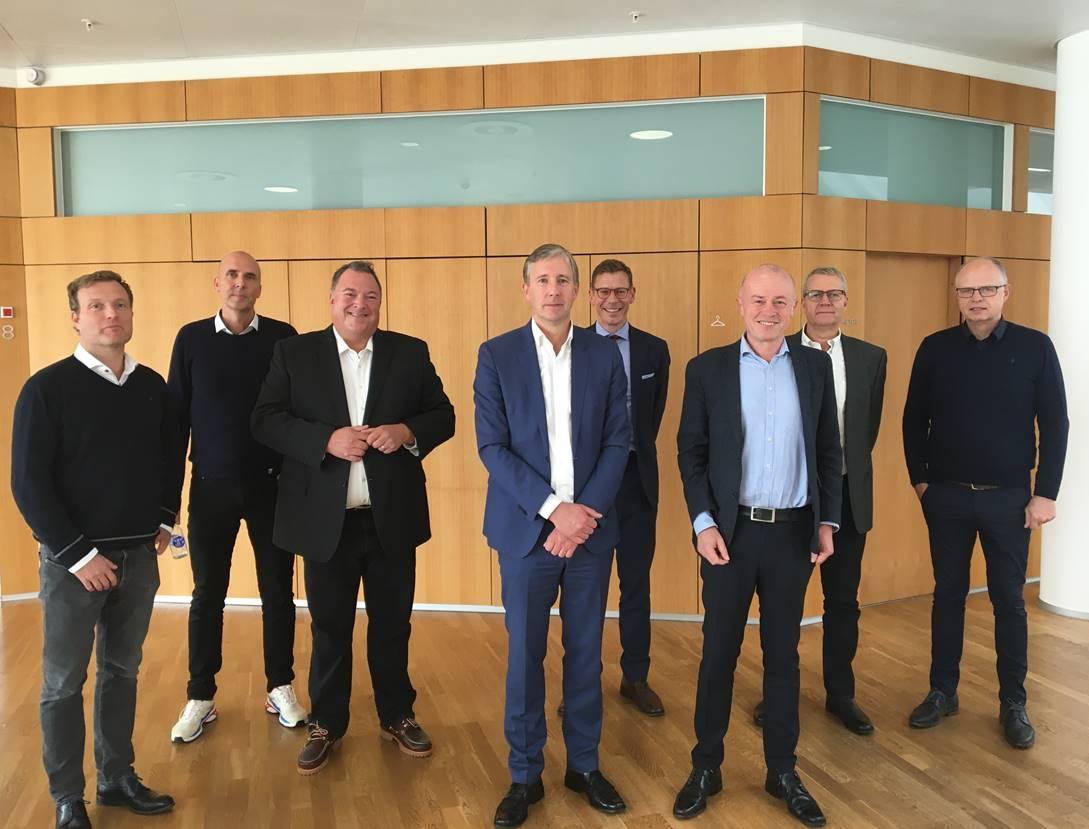 Totalentreprisekontrakt underskrevet mellem Fonden Vandkulturhuset Papirøen og totalentreprenør M T Højgaard den 9. oktober 2020